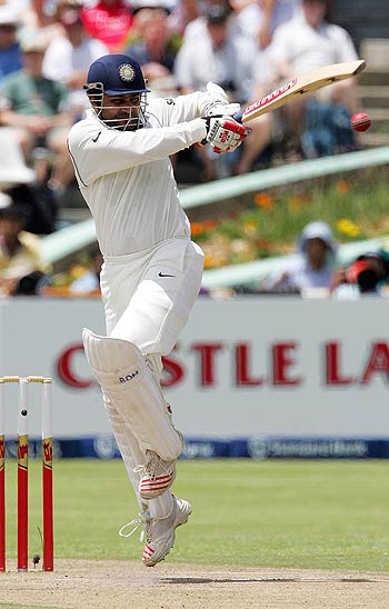 He's right he can't pull, there's hardly any pictures of Sehwag on the pullanywhere!